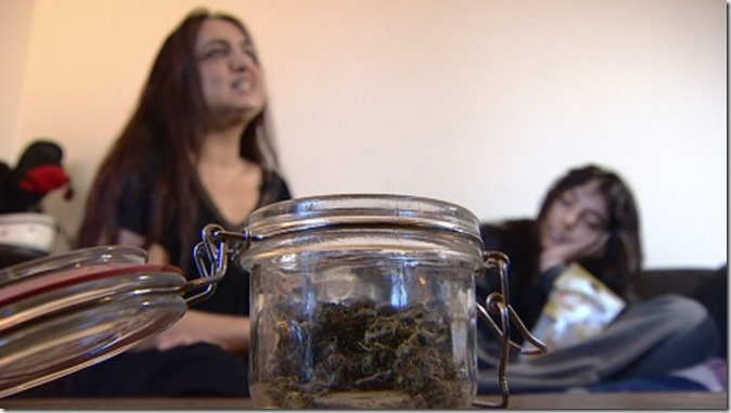 hayley-rose-uses-medical-marijuana-to-control-her-epilepsy