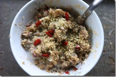 Superfood-Porridge-Quinoa-Buckwheat-Goji-Hemp