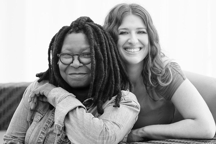 1461154100-whoopi-goldberg-whoopi-and-maya